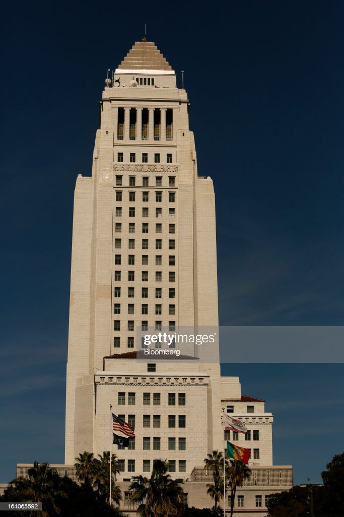 City Hall stands in Los Angeles, California, U.S., on Thursday, March 14, 2013. California should start a state-run bank to finance economic development that's less polluting and more environmentally friendly, financed by auctions of greenhouse-gas carbon credits, Lieutenant Governor Gavin Newsom said. Photographer: Patrick T. Fallon/Bloomberg via Getty Images