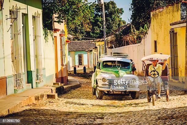 Vie urbaine à Trinité et de Cuba