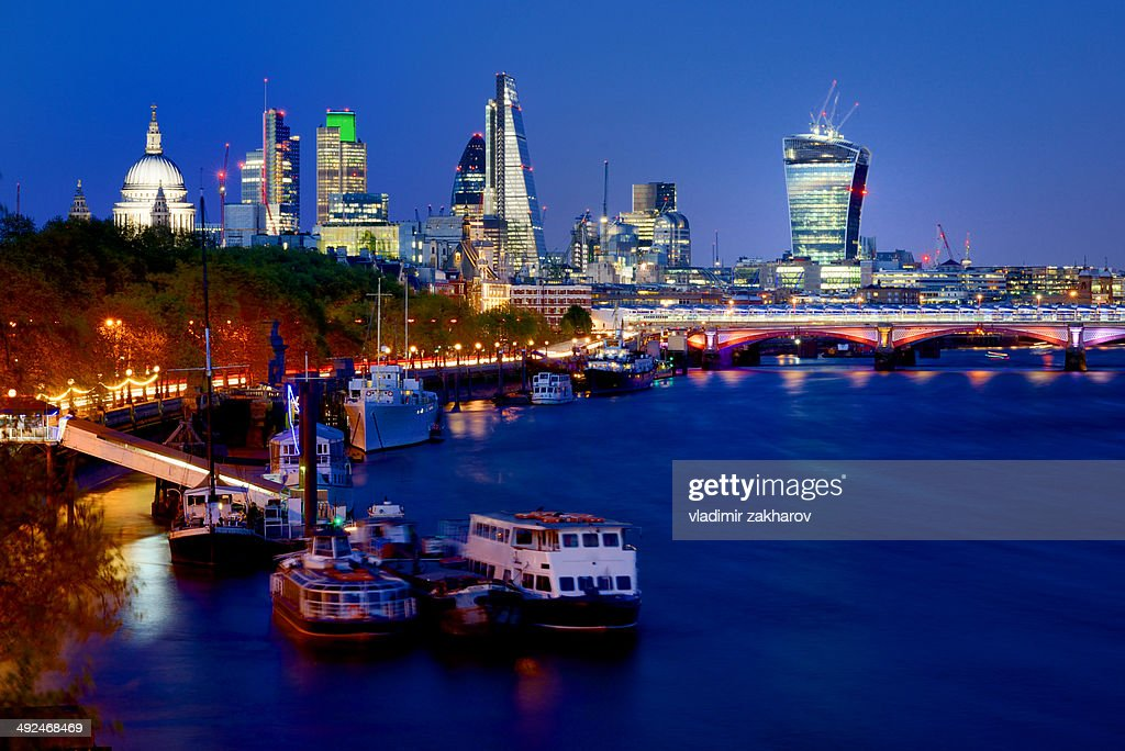 city of london skyline at twilight stock photo getty images. Black Bedroom Furniture Sets. Home Design Ideas