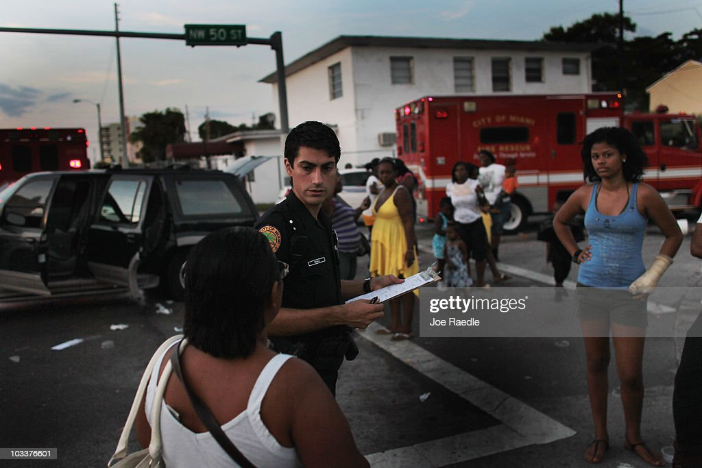 miami police department launches anti street violence campaign getty images. Black Bedroom Furniture Sets. Home Design Ideas