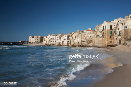 City of old buildings on beach : Stock-Foto