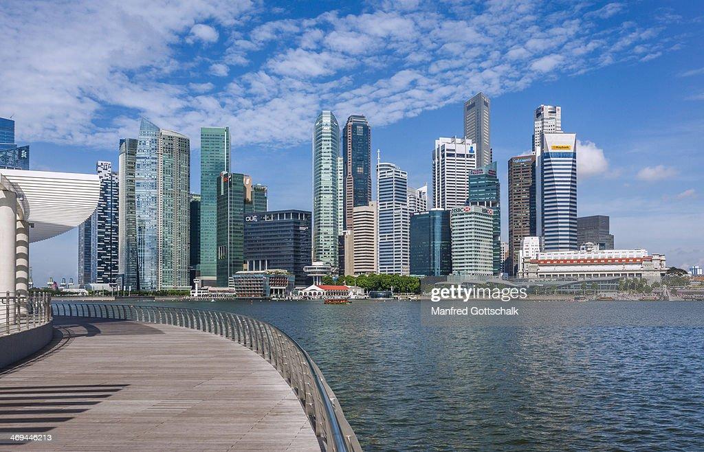 City view across Marina Bay : Stock Photo