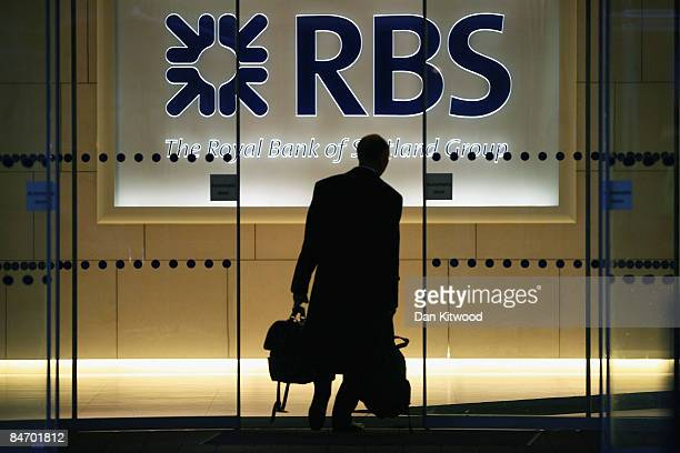 City workers arrive at The Royal Bank of Scotland Headquarters on February 9 2009 in London England The Chancellor Alistair Darling has warned the...