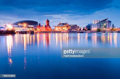 Cityscape, bahía de Cardiff