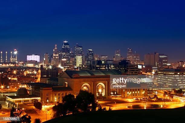 Cityscape of Kansas City illuminated at night