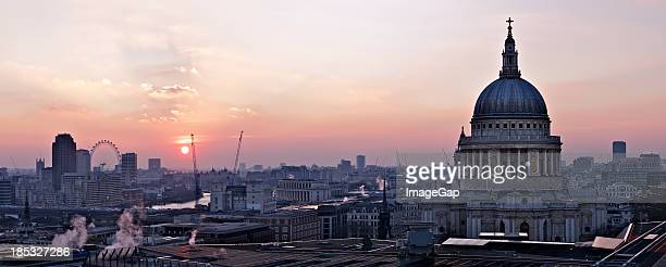 Cityscape of St Paul's Cathedral at sunset