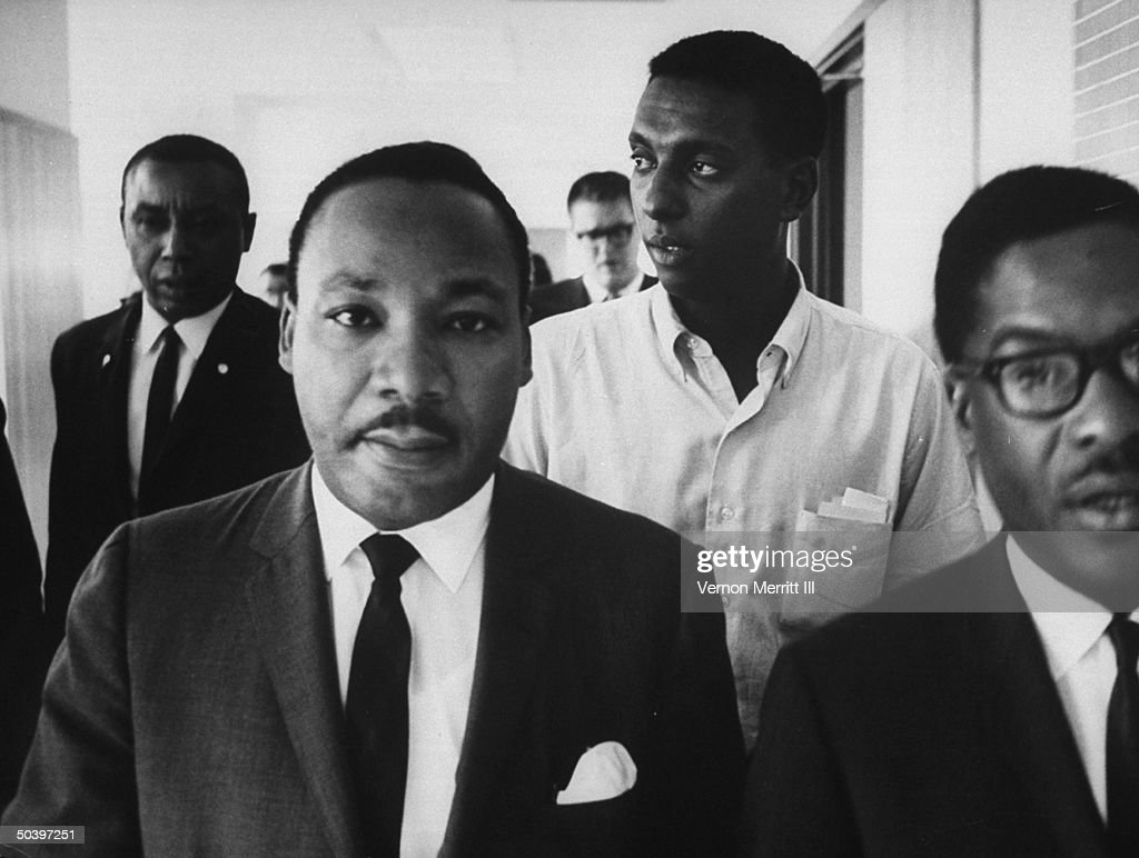 martin luther king jr leading civil Martin luther king, jr was born on january 15,  but this was later changed to martin  a biography of civil rights leader martin luther king jr.