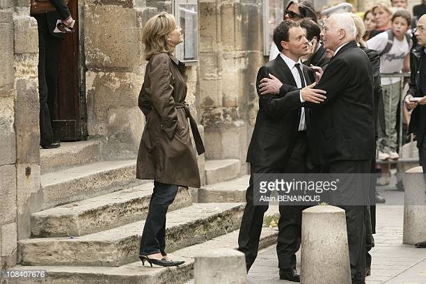 Claire Chazal and MarcOlivier Fogiel in Paris France on June 04 2007