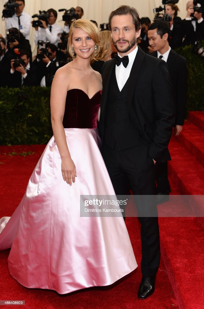Claire Danes (L) and Hugh Dancy attend the 'Charles James: Beyond Fashion' Costume Institute Gala at the Metropolitan Museum of Art on May 5, 2014 in New York City.