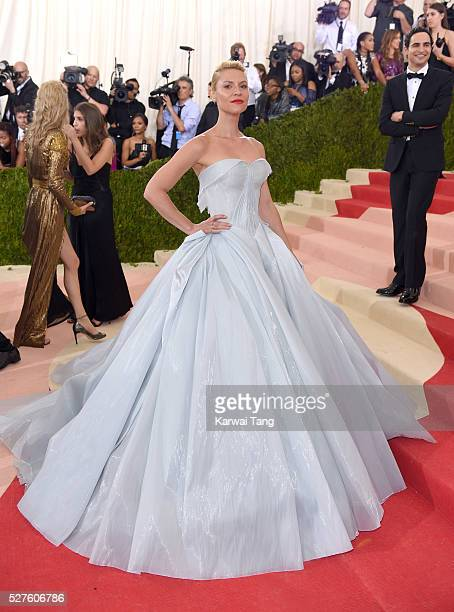 Claire Danes arrives for the 'Manus x Machina Fashion In An Age Of Technology' Costume Institute Gala at Metropolitan Museum of Art on May 2 2016 in...