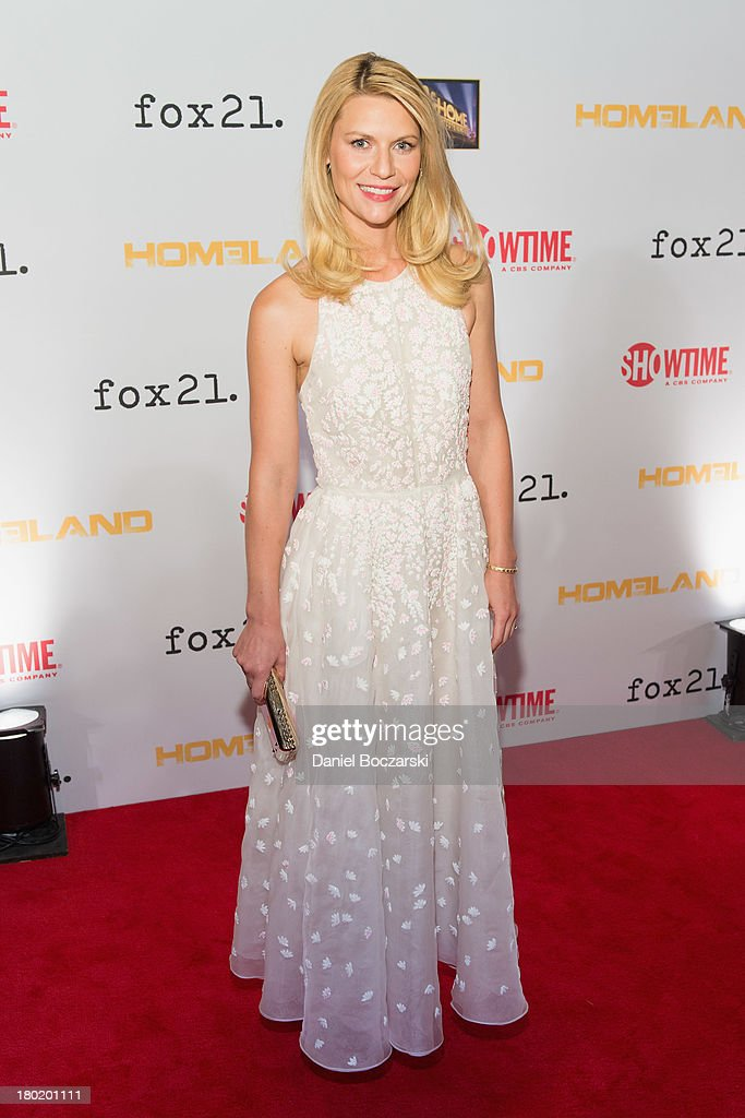 Claire Danes attends a premiere screening hosted by SHOWTIME and Fox 21 for Season 3 of the hit series 'Homeland' at Corcoran Gallery of Art on...
