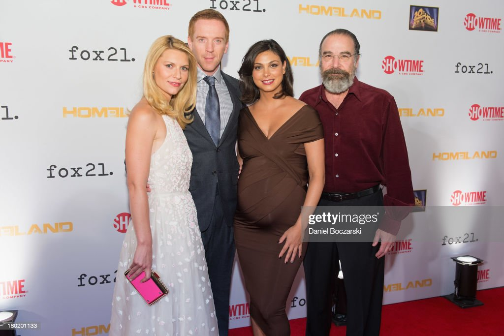 <a gi-track='captionPersonalityLinkClicked' href=/galleries/search?phrase=Claire+Danes&family=editorial&specificpeople=202666 ng-click='$event.stopPropagation()'>Claire Danes</a>, <a gi-track='captionPersonalityLinkClicked' href=/galleries/search?phrase=Damian+Lewis&family=editorial&specificpeople=206939 ng-click='$event.stopPropagation()'>Damian Lewis</a>, <a gi-track='captionPersonalityLinkClicked' href=/galleries/search?phrase=Morena+Baccarin&family=editorial&specificpeople=812774 ng-click='$event.stopPropagation()'>Morena Baccarin</a> and <a gi-track='captionPersonalityLinkClicked' href=/galleries/search?phrase=Mandy+Patinkin&family=editorial&specificpeople=233720 ng-click='$event.stopPropagation()'>Mandy Patinkin</a> attend a premiere screening hosted by SHOWTIME and Fox 21 for Season 3 of the hit series 'Homeland' at Corcoran Gallery of Art on September 9, 2013 in Washington City.