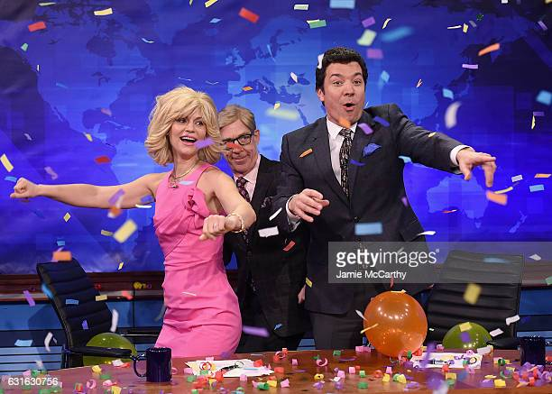 Claire Danes JK Simmons and host Jimmy Fallon during the 'News team that jokes alot' segment on 'The Tonight Show Starring Jimmy Fallon' at...