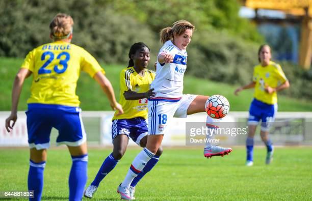 Claire LAVOGEZ / Francine ZOUGA VGA Saint Maur / Lyon 1eme journee de 1er Division feminine Photo Dave Winter / Icon Sport