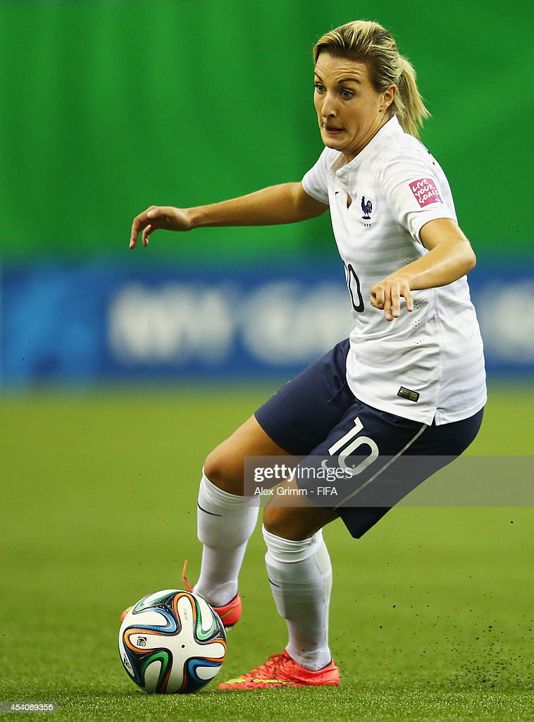 Claire Lavogez of France controles the ball during the FIFA U-20 Women's World Cup Canada 2014 3rd place match between Korea DPR and France at Olympic Stadium on August 24, 2014 in Montreal, Canada.