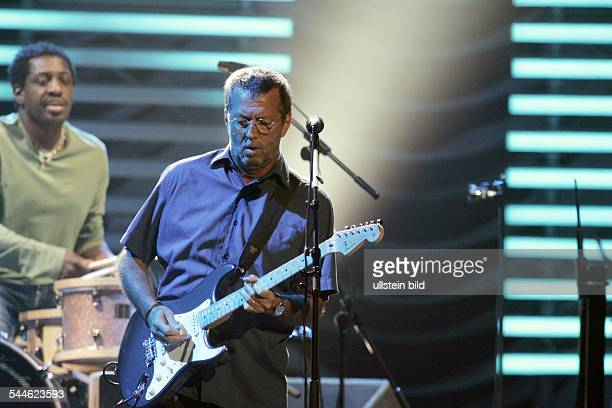 Clapton Eric *Gitarrist Musiker GB Auftritt in der Koelnarena 'Back Home'Tour