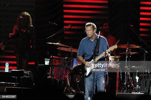 Clapton Eric *Gitarrist Musiker GB Auftritt in Hamburg Color Line Arena