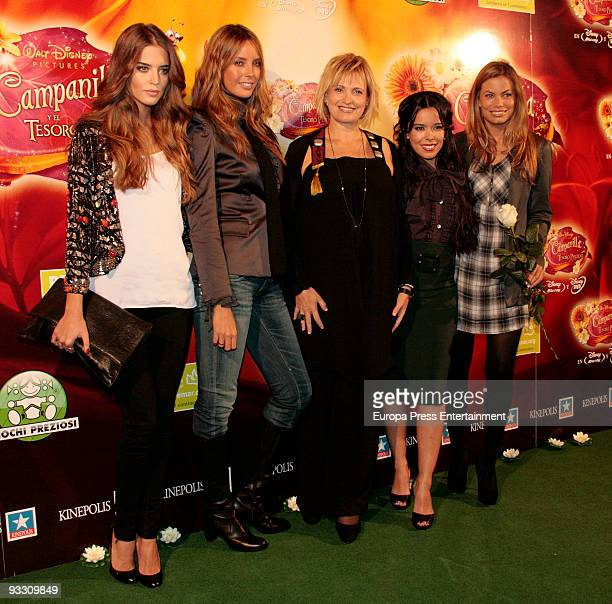 Clara Alonso Estefania Luick Ainoa Arteta Beatriz Luengo and Carla Goyanes attend the premiere of 'Campanilla Y El Tesoro Perdido' on November 20...