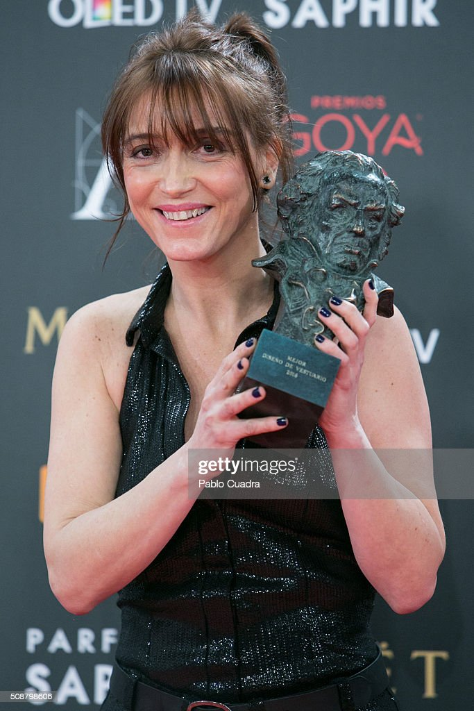 Clara Bilbao holds the award for Best Costume Design award during the 30th edition of the Goya Cinema Awards at Madrid Marriott Auditorium on February 6, 2016 in Madrid, Spain.