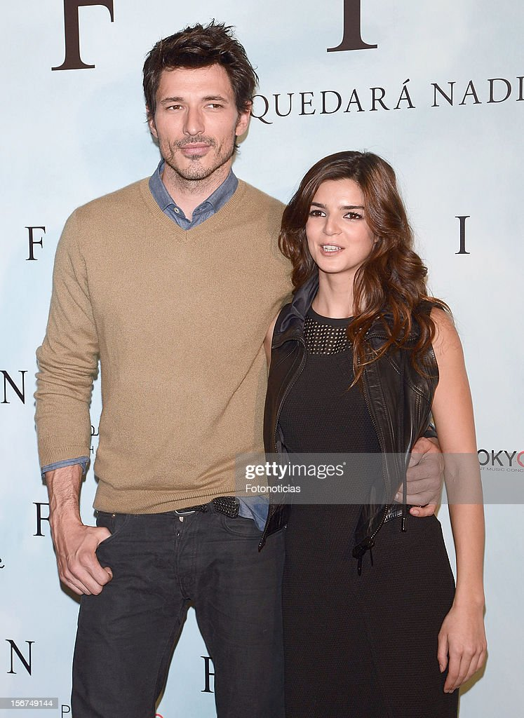 Clara Lago (R) and Andres Velencoso attend a photocall for 'Fin' at the Room Mate Oscar Hotel on November 20, 2012 in Madrid, Spain.
