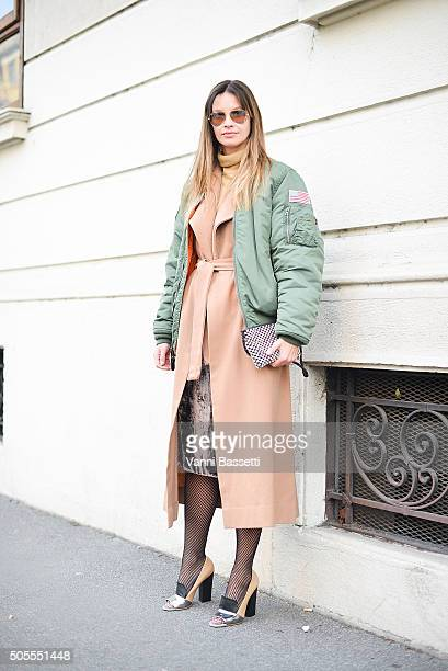 Clara Racz poses in a vintage outfit before the Etro show during the Milan Men's Fashion Week Fall/Winter 2016/17 on January 18 2016 in Milan Italy