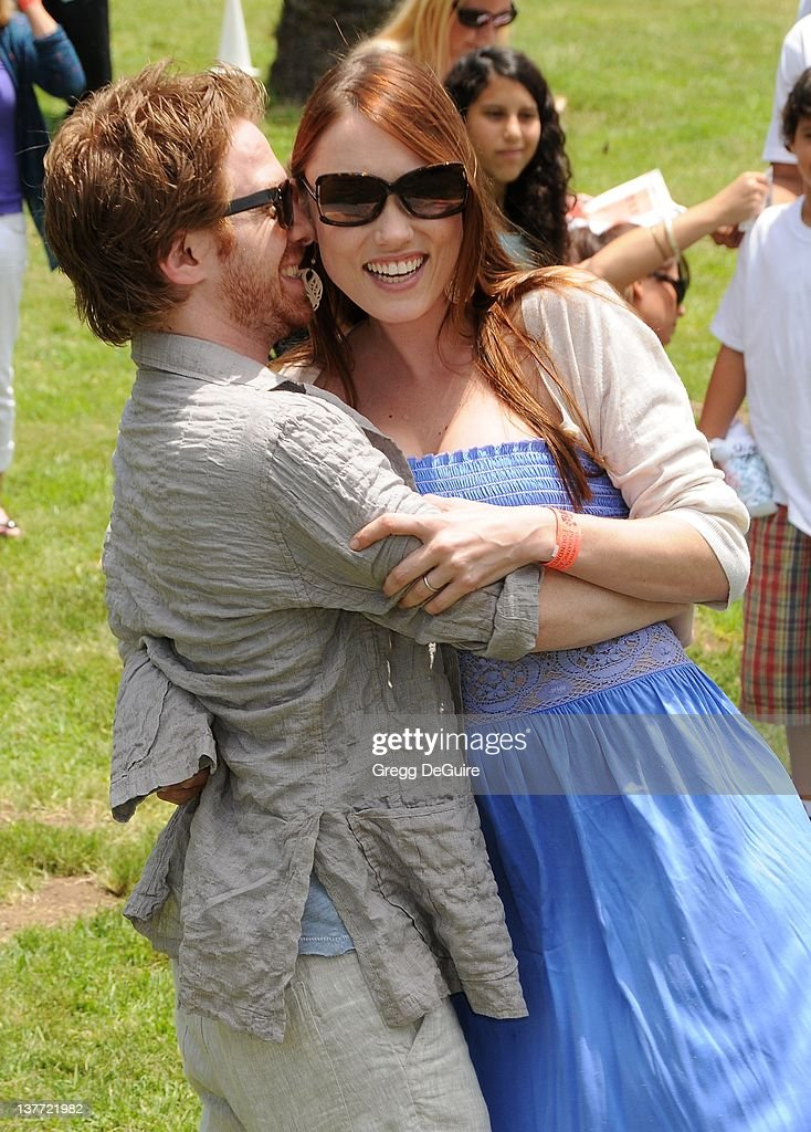 Clare Grant and Seth Green arrive at the 21st Annual A Time For Heroes Celebrity Picnic sponsored by Disney to benefit The Elizabeth Glaser Pediatric AIDS Foundation on June 13, 2010 at the Wadsworth Theater on the VA Lawn in Los Angeles, California.