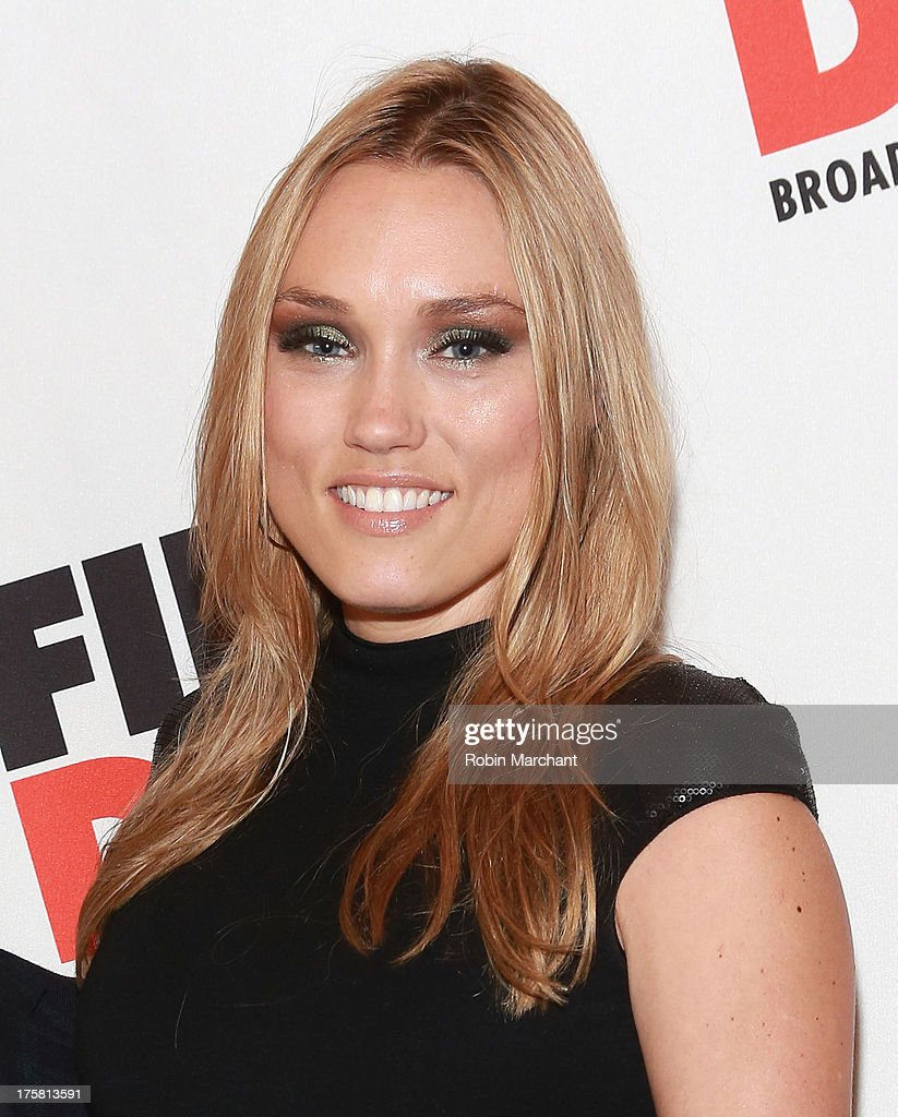<a gi-track='captionPersonalityLinkClicked' href=/galleries/search?phrase=Clare+Grant&family=editorial&specificpeople=4122159 ng-click='$event.stopPropagation()'>Clare Grant</a> attends 'First Date' Broadway Opening Night at Longacre Theatre on August 8, 2013 in New York City.