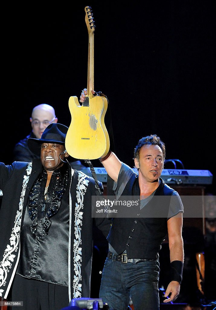 Clarence Clemons and Bruce Springsteen of the E Street Band perform on stage during Bonnaroo 2009 on June 13, 2009 in Manchester, Tennessee.
