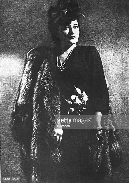 Claretta Petacci the mistress of Italian Fascist leader Benito Mussolini is elegantly and expensively dressed in this ca 1940 portrait In 1945 she...