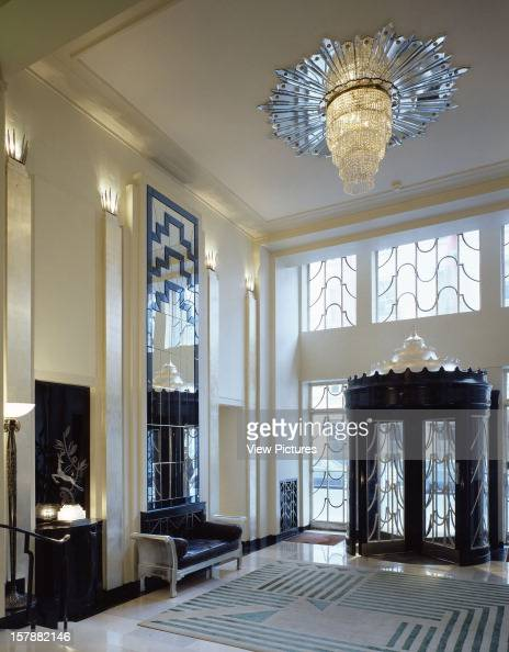 Claridge 39 s stock photos and pictures getty images for Hotel foyer decor