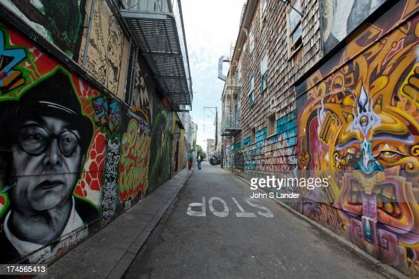 Clarion alley mural project is an artists collective for Clarion alley mural project