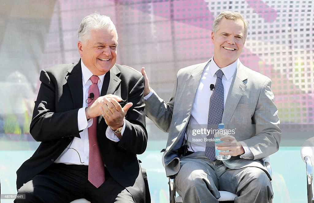 Clark County Commissioner Steve Sisolak (L) and MGM Resorts International Chairman and CEO Jim Murren attend a groundbreaking for a USD 375 million, 20,000-seat sports and entertainment arena being built by MGM Resorts International and AEG on May 1, 2014 in Las Vegas, Nevada. The arena is scheduled to open in early 2016.