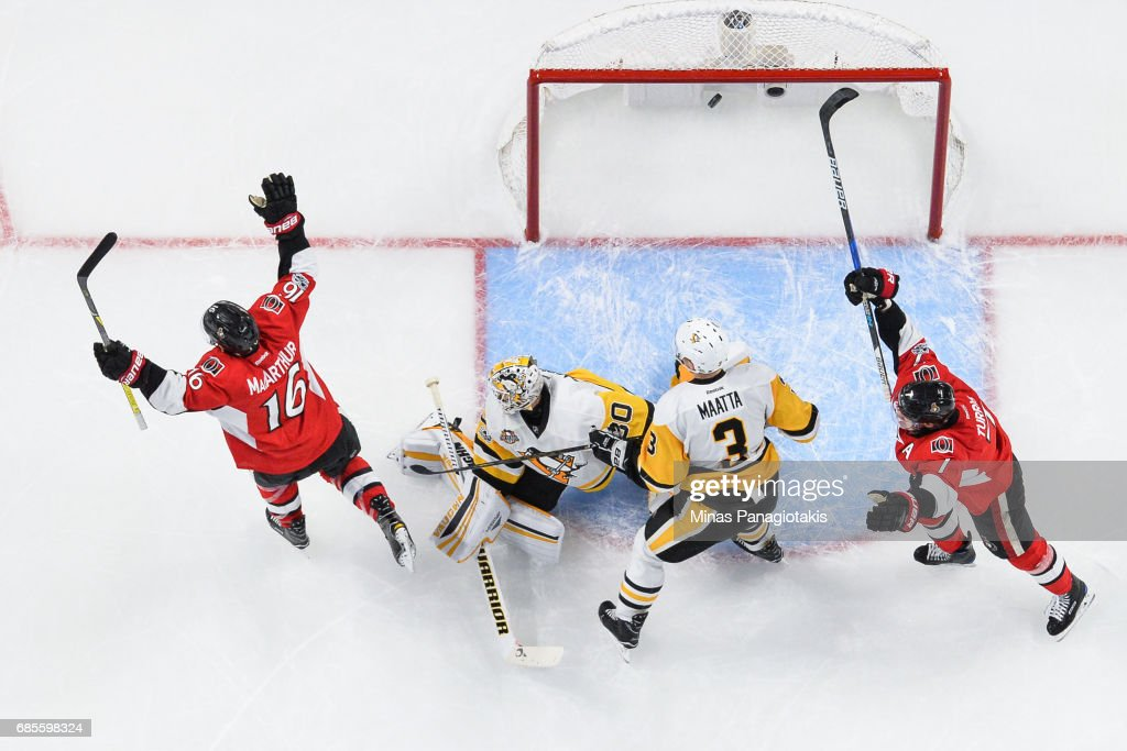 Clarke MacArthur #16 of the Ottawa Senators celebrates his goal in the second period on goaltender Matt Murray #30 of the Pittsburgh Penguins in Game Four of the Eastern Conference Final during the 2017 NHL Stanley Cup Playoffs at Canadian Tire Centre on May 19, 2017 in Ottawa, Ontario, Canada. The Pittsburgh Penguins defeated the Ottawa Senators 3-2.