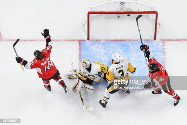 Clarke MacArthur of the Ottawa Senators celebrates his goal in the second period on goaltender Matt Murray of the Pittsburgh Penguins in Game Four of...