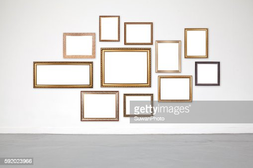Classic frame on white cement wall in showroom and gallery. : Foto de stock