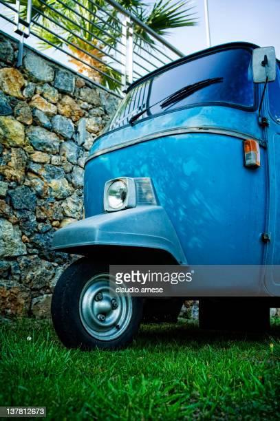 mini truck photos et images de collection getty images. Black Bedroom Furniture Sets. Home Design Ideas