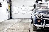 Classic Morris Minor Traveller