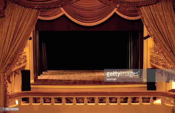 Klassisches Theater