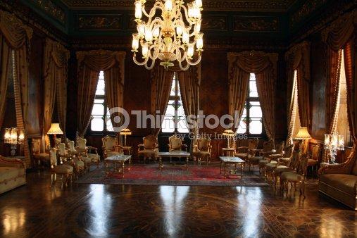 Elegante sala receptionmohamed ali palace in egitto foto for Sedia elettrica esecuzione reale