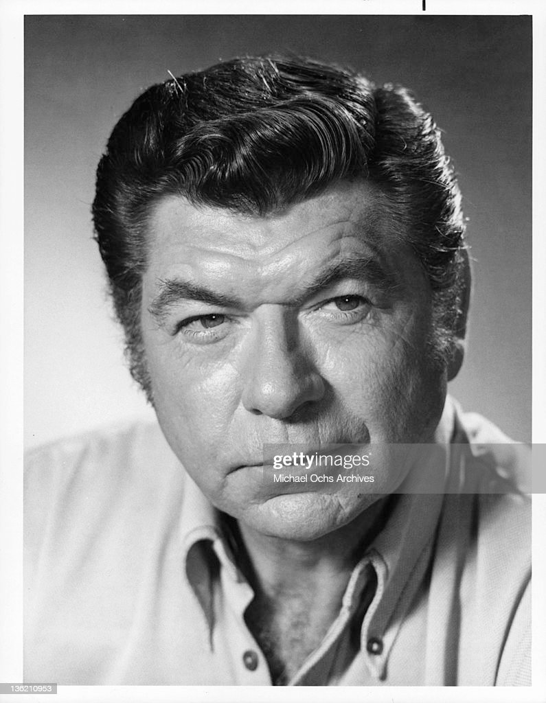 claude akins movin on