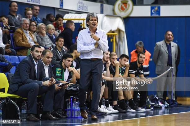 Claude Bergeaud coach of Boulazac during the Pro A match between Levallois Metropolitans and Boulazac at Salle Marcel Cerdan on October 21 2017 in...