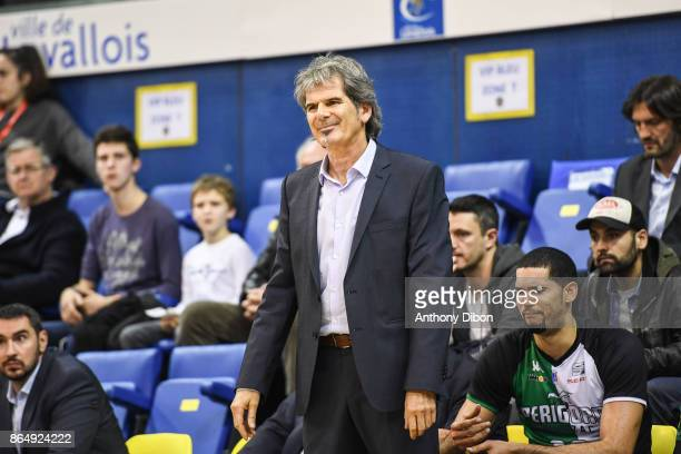 Claude Bergeaud coach of Boulazac looks dejected during the Pro A match between Levallois Metropolitans and Boulazac at Salle Marcel Cerdan on...