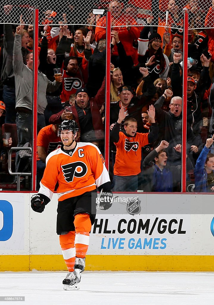 Claude Giroux of the Philadelphia Flyers celebrates his goal in the first period against the Colorado Avalanche on November 8 2014 at the Wells Fargo...