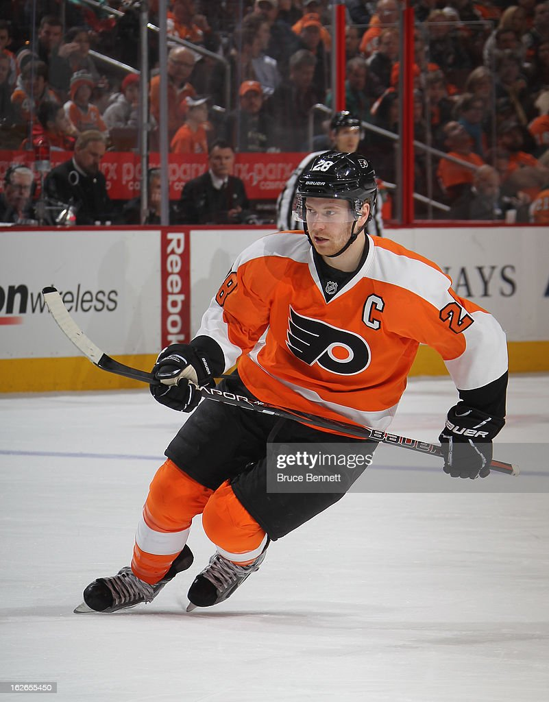 <a gi-track='captionPersonalityLinkClicked' href=/galleries/search?phrase=Claude+Giroux&family=editorial&specificpeople=537961 ng-click='$event.stopPropagation()'>Claude Giroux</a> #28 of the Philadelphia Flyers skates against the Florida Panthers at the Wells Fargo Center on February 21, 2013 in Philadelphia, Pennsylvania.