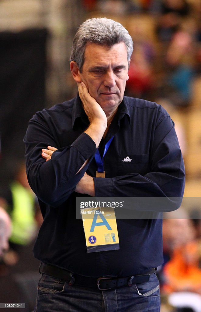 <a gi-track='captionPersonalityLinkClicked' href=/galleries/search?phrase=Claude+Onesta&family=editorial&specificpeople=792495 ng-click='$event.stopPropagation()'>Claude Onesta</a>, head coach of France reacts during the Men's Handball World Championship Group A match between Egypt and France at Kristiantad Arena on January 16, 2011 in Kristianstad, Sweden.