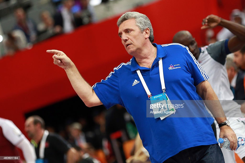 <a gi-track='captionPersonalityLinkClicked' href=/galleries/search?phrase=Claude+Onesta&family=editorial&specificpeople=792495 ng-click='$event.stopPropagation()'>Claude Onesta</a>, head coach of France, reacts during the Qatar 2015 24th Men's Handball World Championship final match between Qatar and France at the Lusail Multipurpose Hall in Doha, Qatar on February 01, 2015.