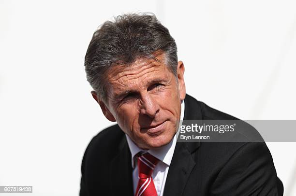 Claude Puel Manager of Southampton looks on during the Premier League match between Southampton and Swansea City at St Mary's Stadium on September 18...