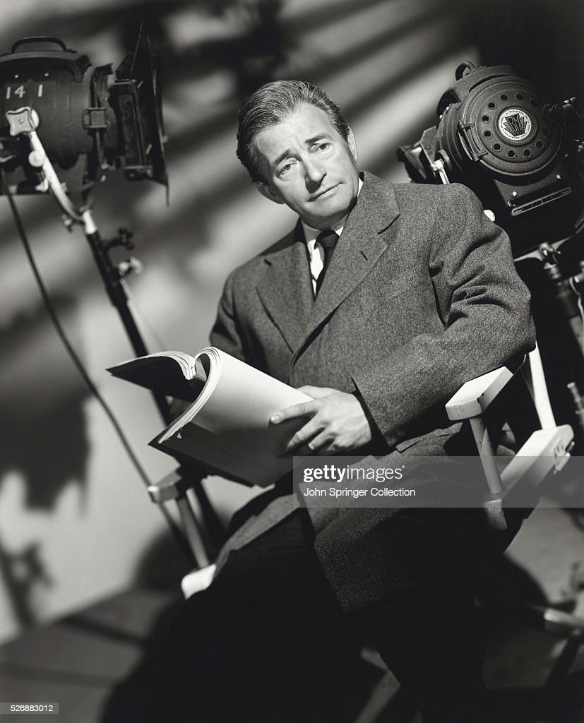 <a gi-track='captionPersonalityLinkClicked' href=/galleries/search?phrase=Claude+Rains&family=editorial&specificpeople=228466 ng-click='$event.stopPropagation()'>Claude Rains</a> Holding Script