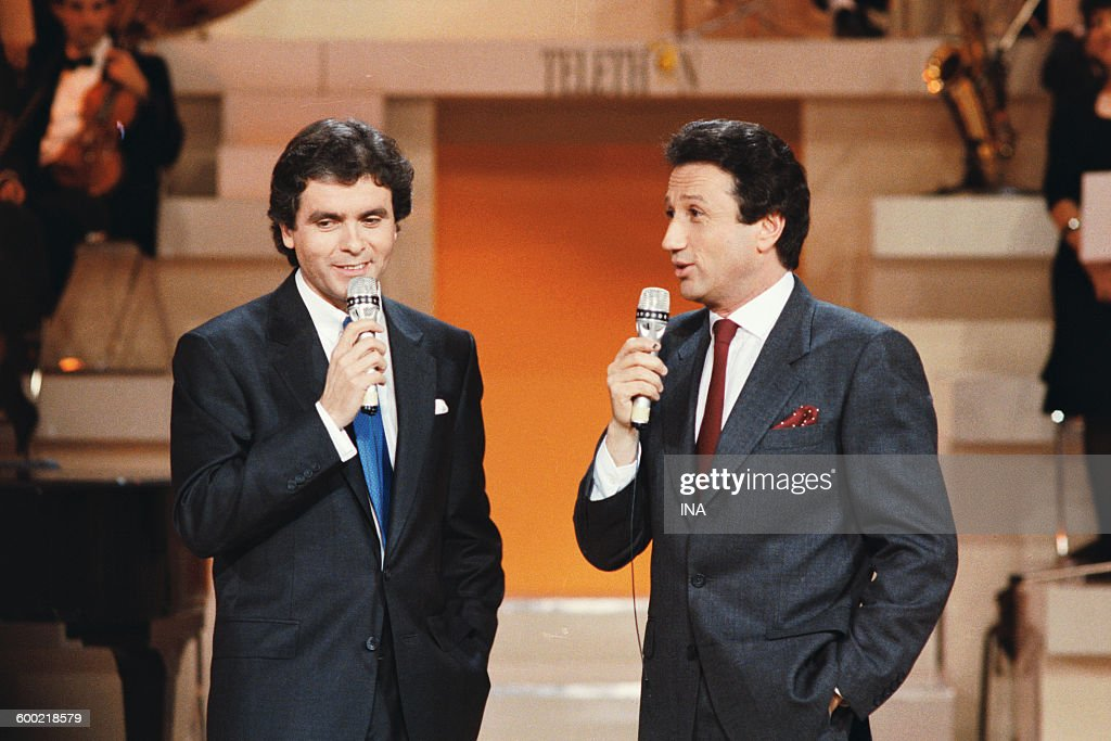 Claude Sérillon and Michel Druker present the evening of the Telethon 1988.