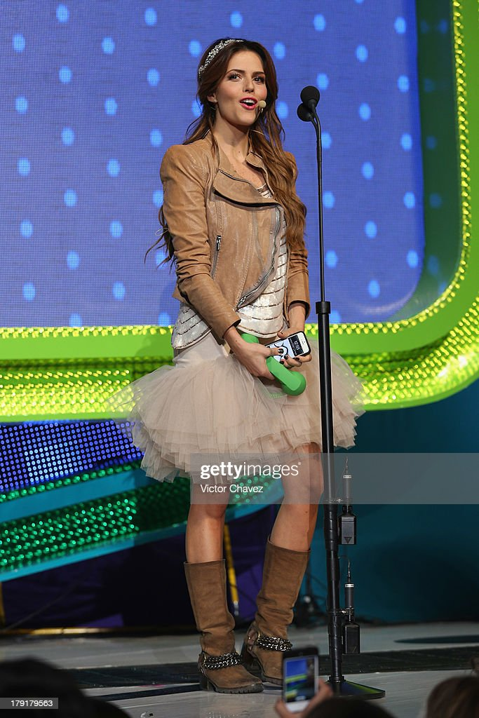 Claudia Alvarez speaks onstage during the Kids Choice Awards Mexico 2013 at Pepsi Center WTC on August 31, 2013 in Mexico City, Mexico.
